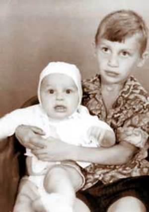 Photo of Vitali Klitschko & his  Son  Max Klitschko