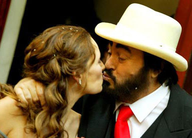 Pavarotti and Nicoletta Mantovani