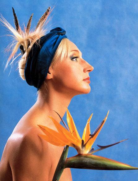 Голая Кристина Орбакайте с кактусом на голове. порно фото Кристины Орбакайт
