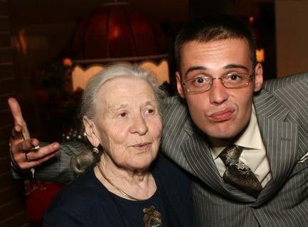 гуф с бабушкой