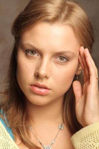 молодые голые российские актрисы фото и фамилии