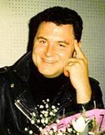 ЛЕОНИДОВ Максим, фото, биография: http://persona.rin.ru/view/f/0/10343/leonidov-maksim