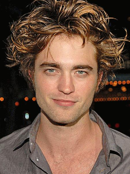 It is our beloved Robert Pattinson!